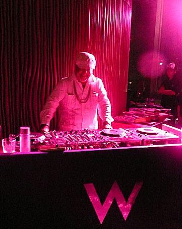 W_hotel_Hong_Kong_DJ
