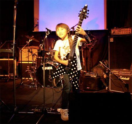 Yuto_Miyazawa_guitar_Ozzy_Osbourne