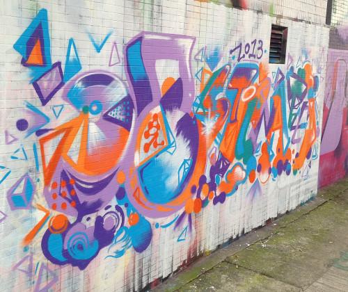 graffiti in mongkok luen wan street hk