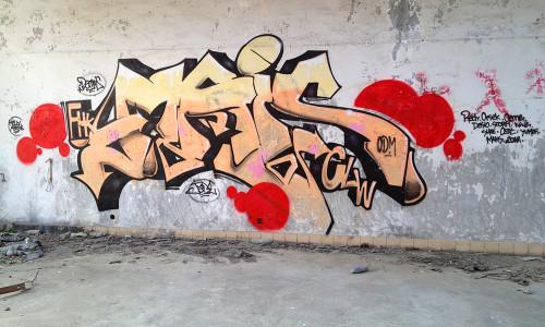 hong-hong-hk-graffiti-building-piece