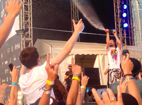 raft-crowd-surf-steve-aoki-blohk-party-hk