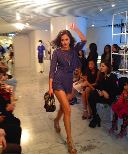 fashion show model hong kong betsey johnson steve madden hk