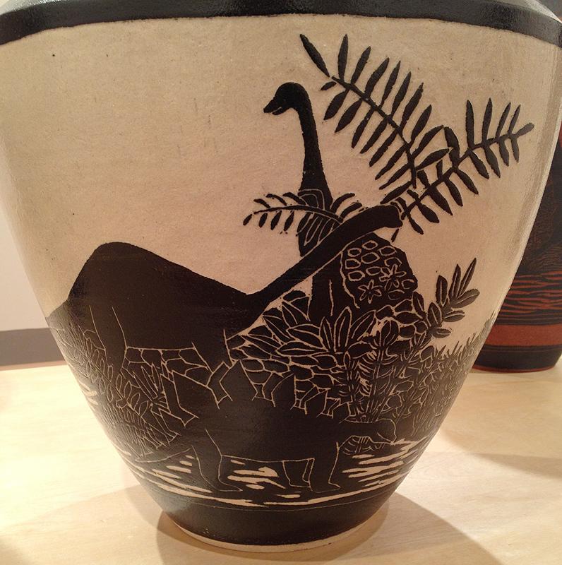 shio kusaka dinosaur pot vase pottery ceramic blackwelder