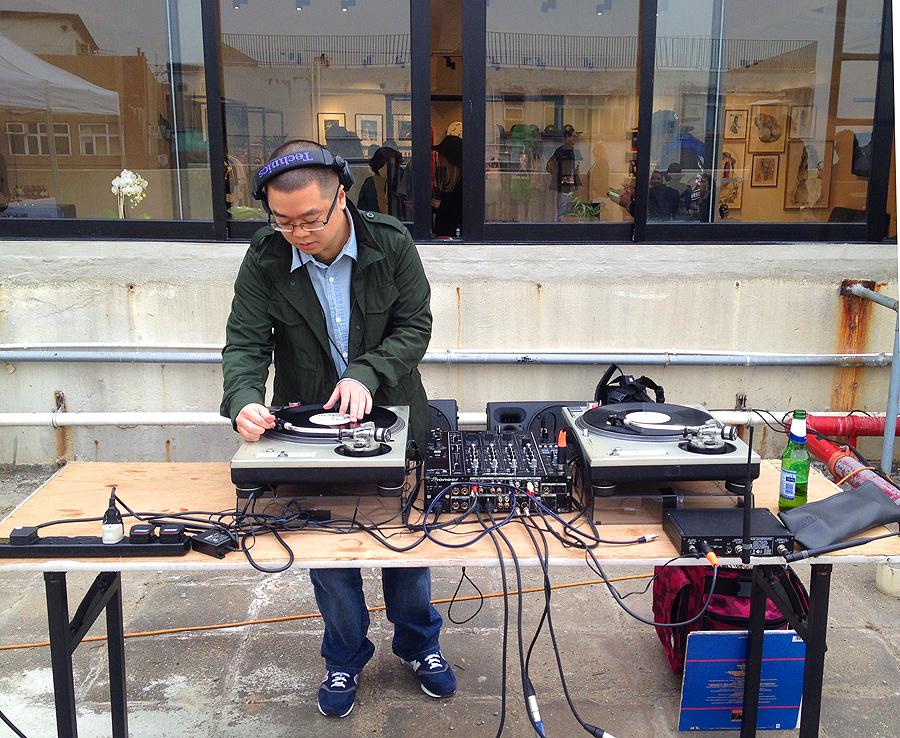 DJ K-Melo played an all-vinyl set