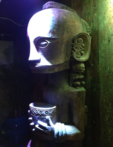 tiki tiki bowling bar hong kong hk disco bowl